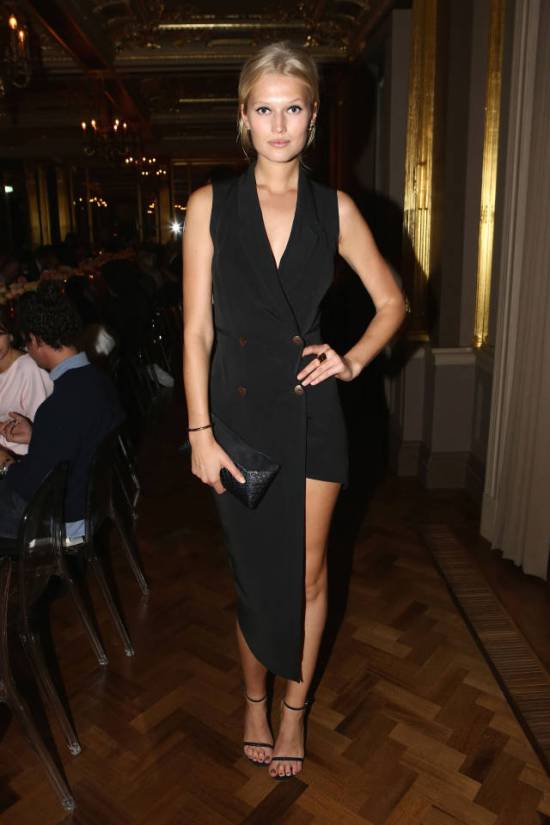 hbz-the-list-best-dressed-september19-toni-garrn-sm